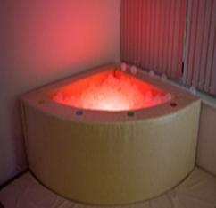 Интерактивный сухой бассейн с пультом управления угловой