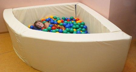 Сухой бассейн угловой