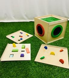 Тактильный ящик (с 3мя дополнительными верхними съемными панелями)