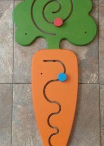 Декоративно-развивающая панель «Морковка»
